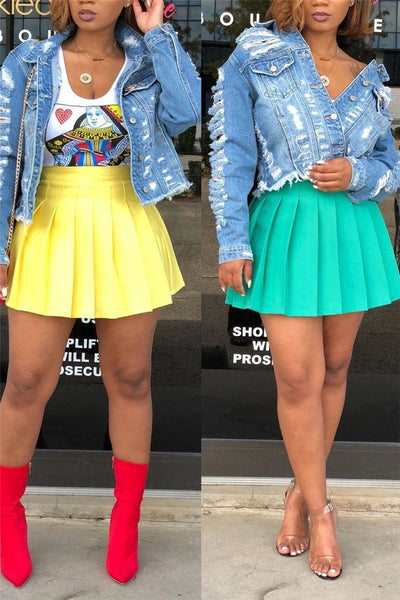 Solid Color Pleated Short Skirt