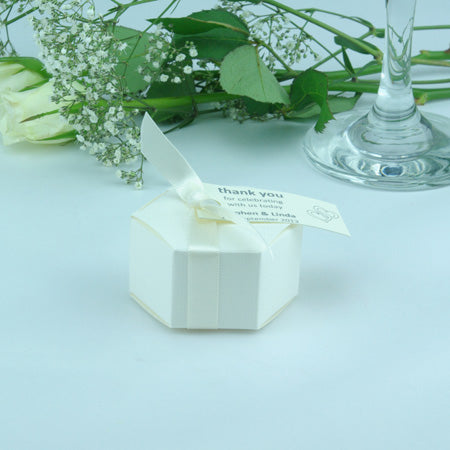 WHITE Hexagonal Wedding Favour Boxes - Oodles Of Different Sweet Fillings