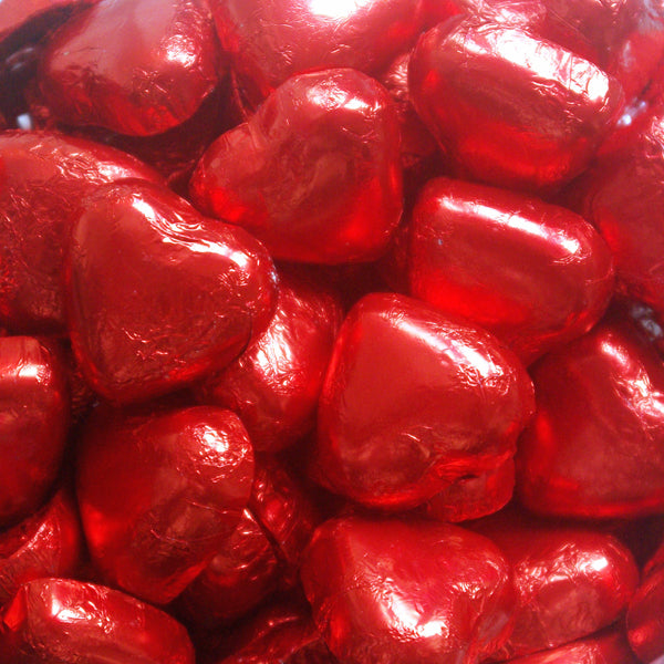 Milk Chocolate Hearts, Red : 200g - Milk chocolate hearts filled with caramel flavour creme