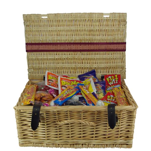 Retro Sweets Wicker Hamper : Large - An old fashioned sweet mix full of sweets