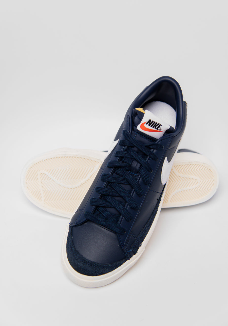 Blazer Low '77 Vintage Midnight Navy/White/Sail DA6364-400