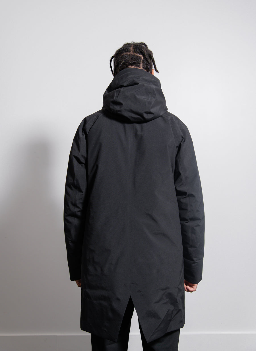 Monitor Down Coat Black