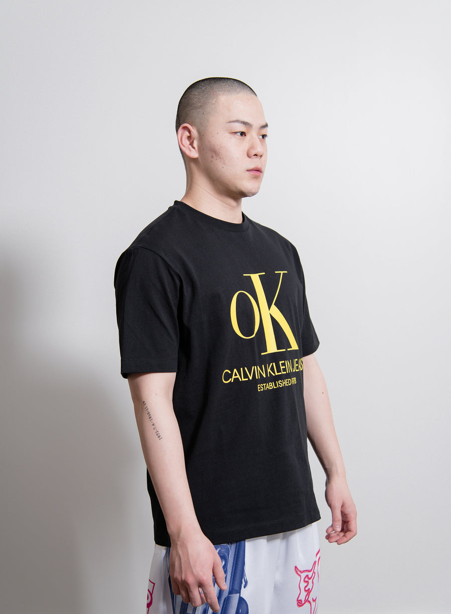 S/S OK Logo Tee Black/Yellow