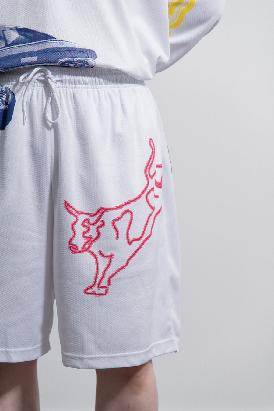 Modernist Graphic Short White