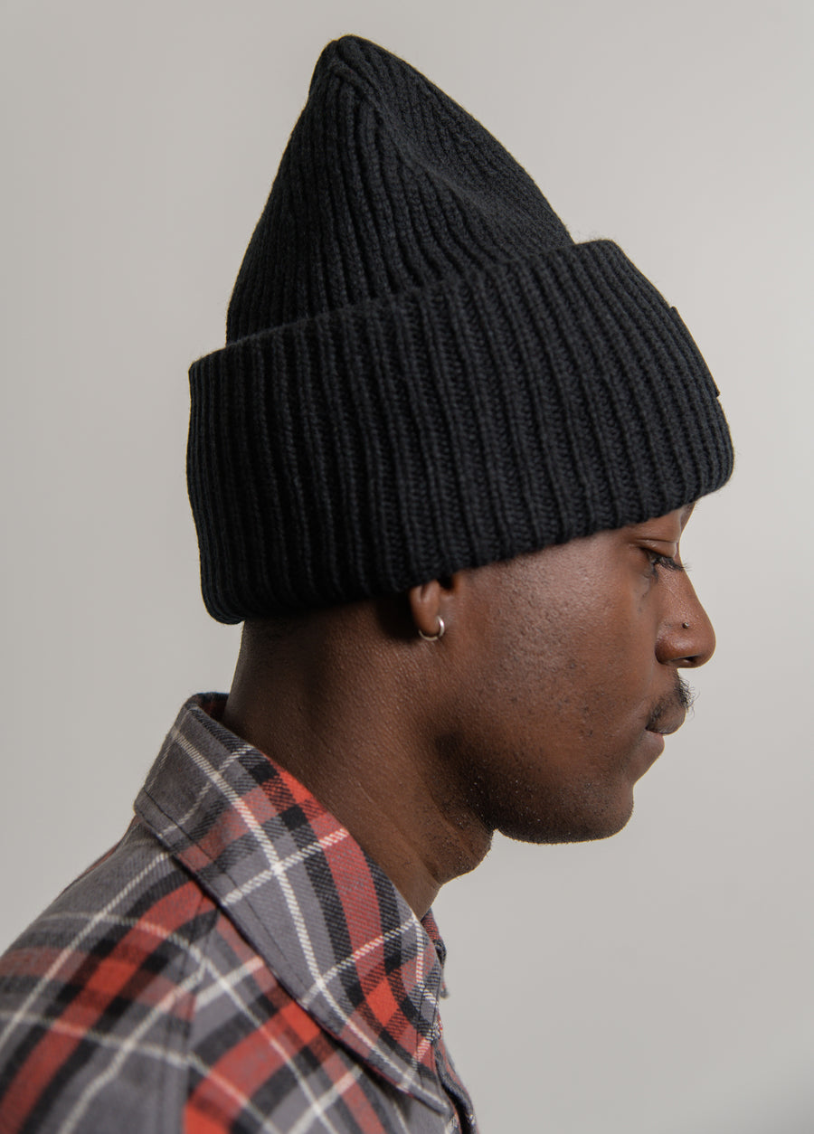 Face Logo Toque Black D40009