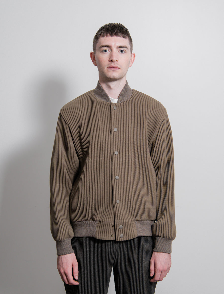 Wool Like Pleated Bomber Jacket Olive FC021