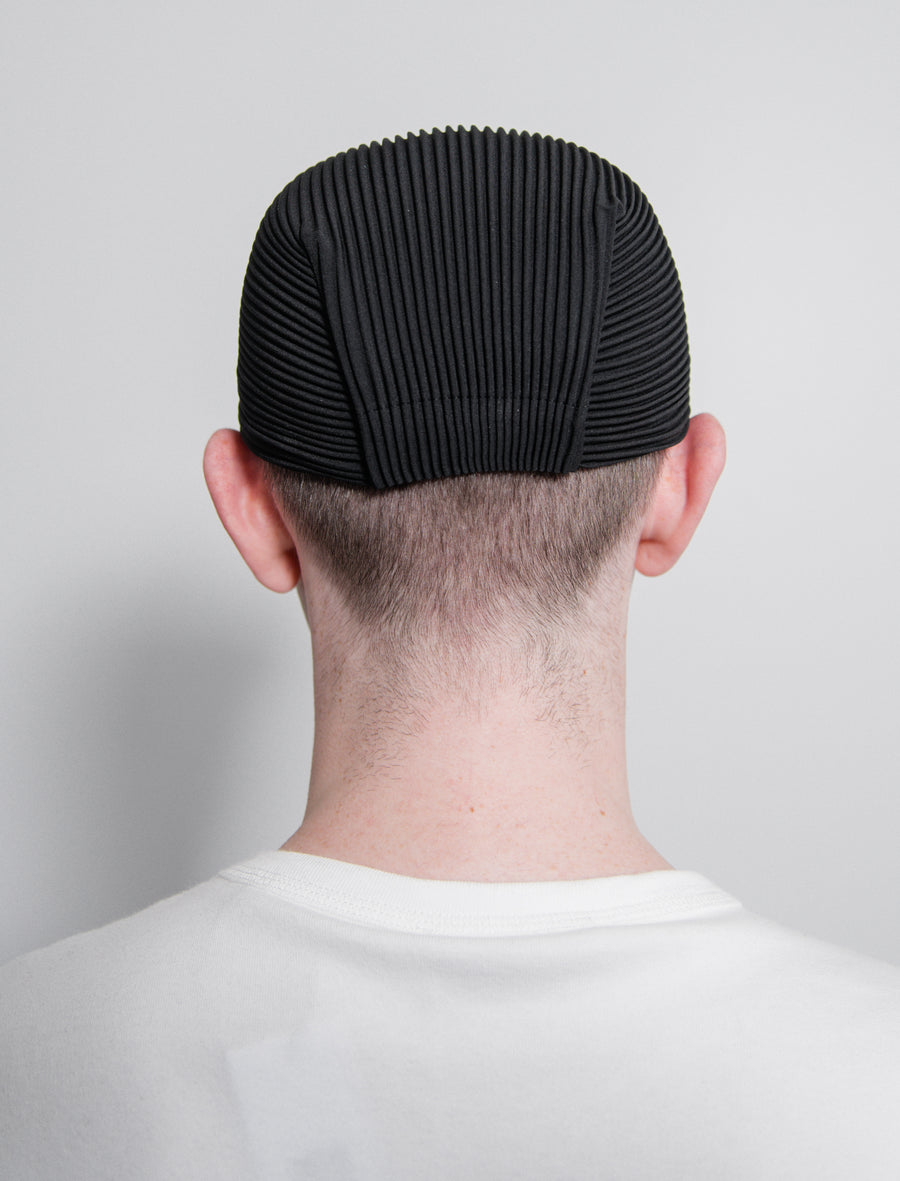 Pleated Cap Black