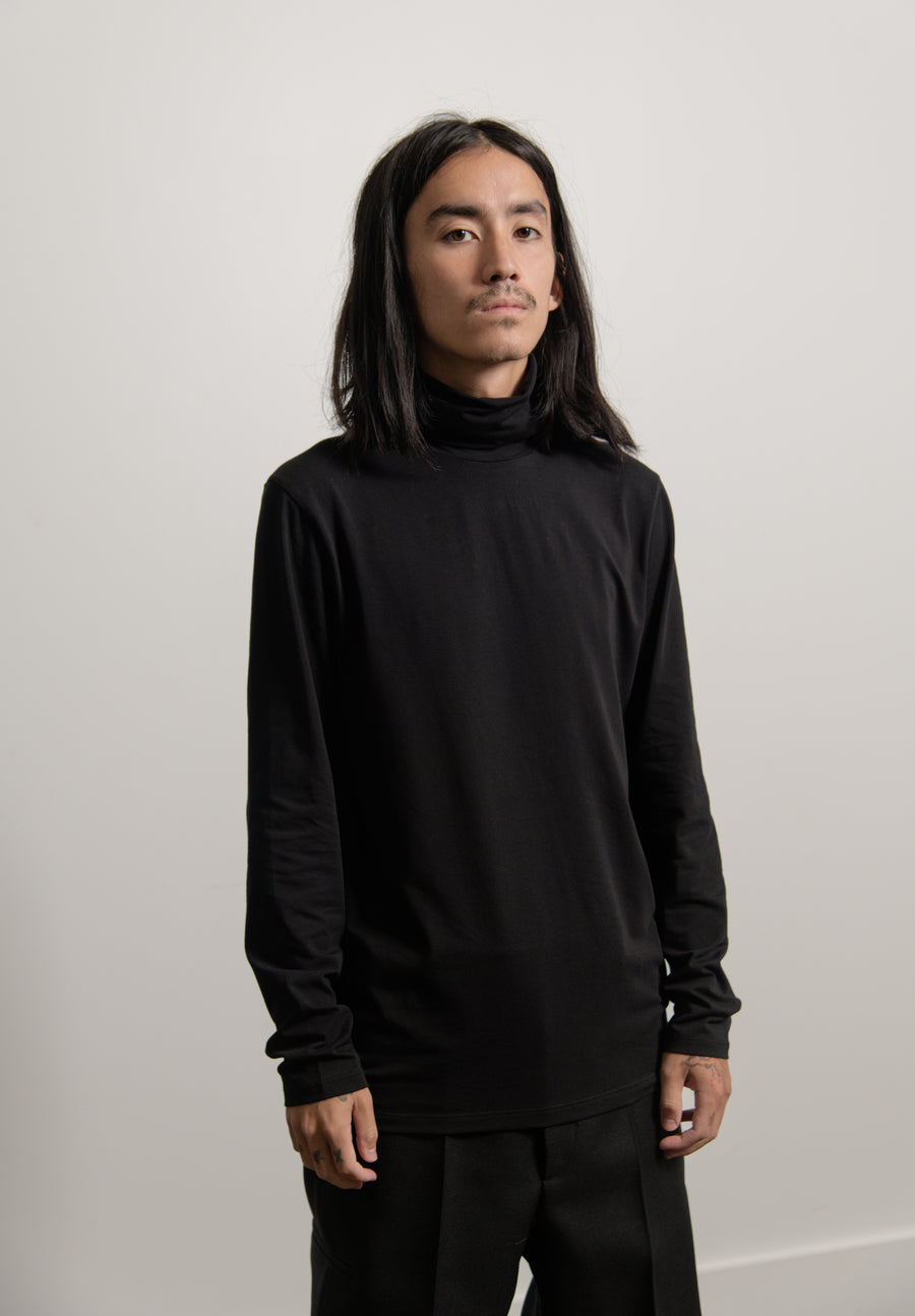Long Sleeve Turtleneck Tee Black