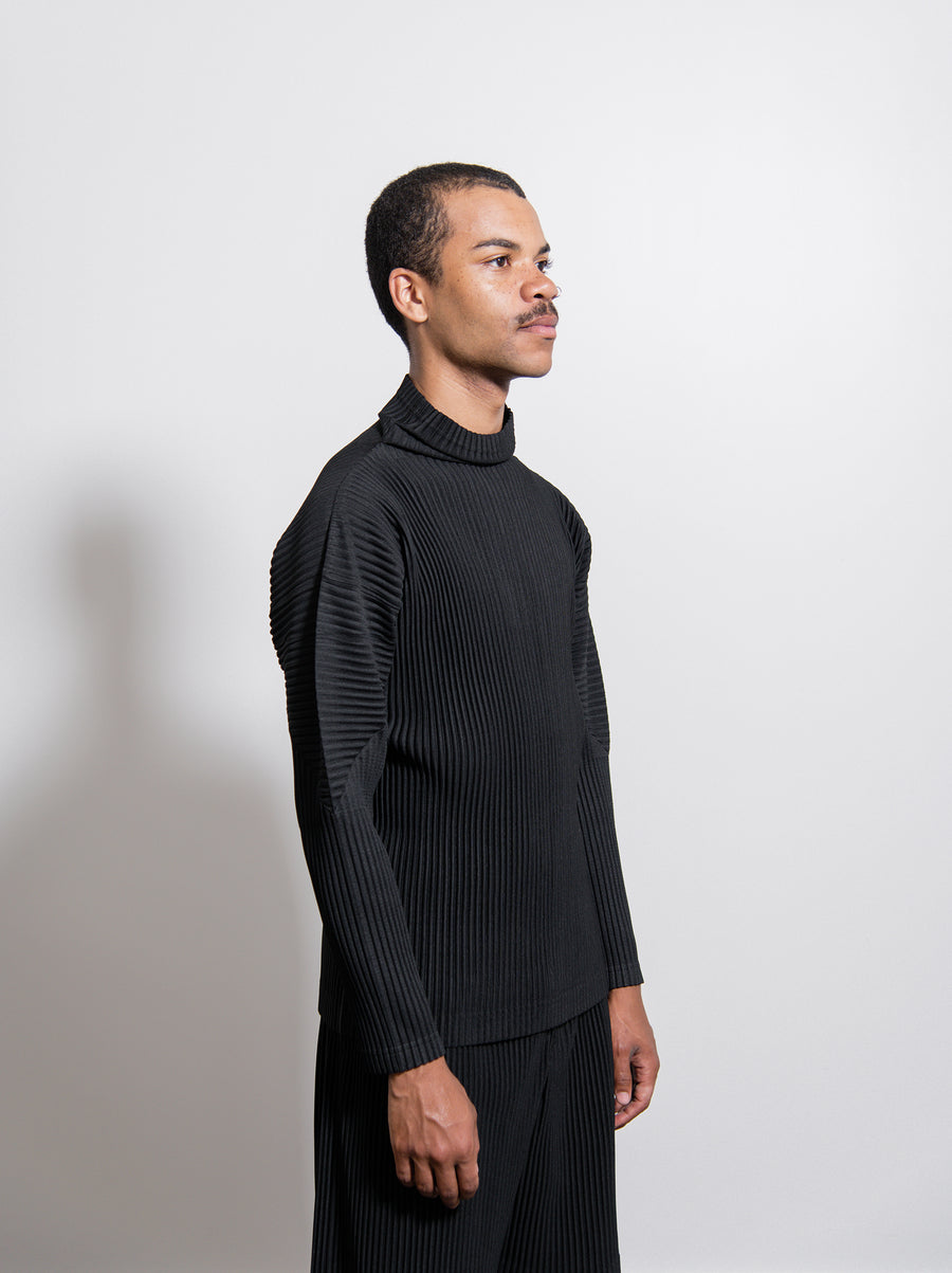 Pleated Turtleneck Sweater Black HP98JK122