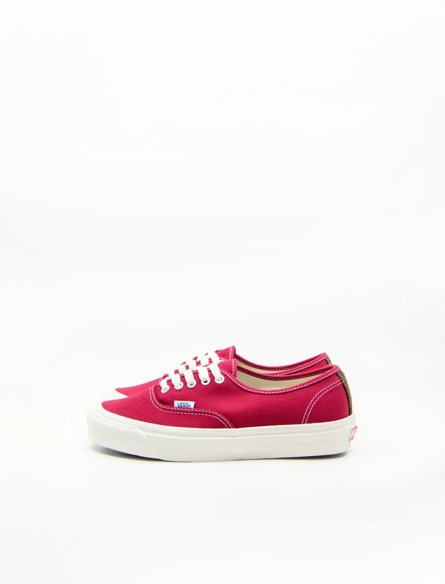 OG Authentic Canvas/Suede Chili Pepper/White VN000UDDIAU