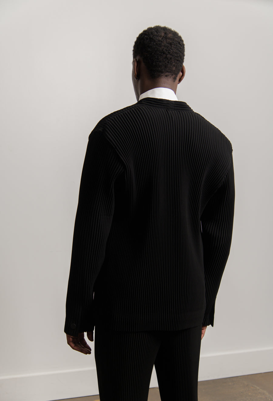 Tuxedo Pleated Jacket Black FD102