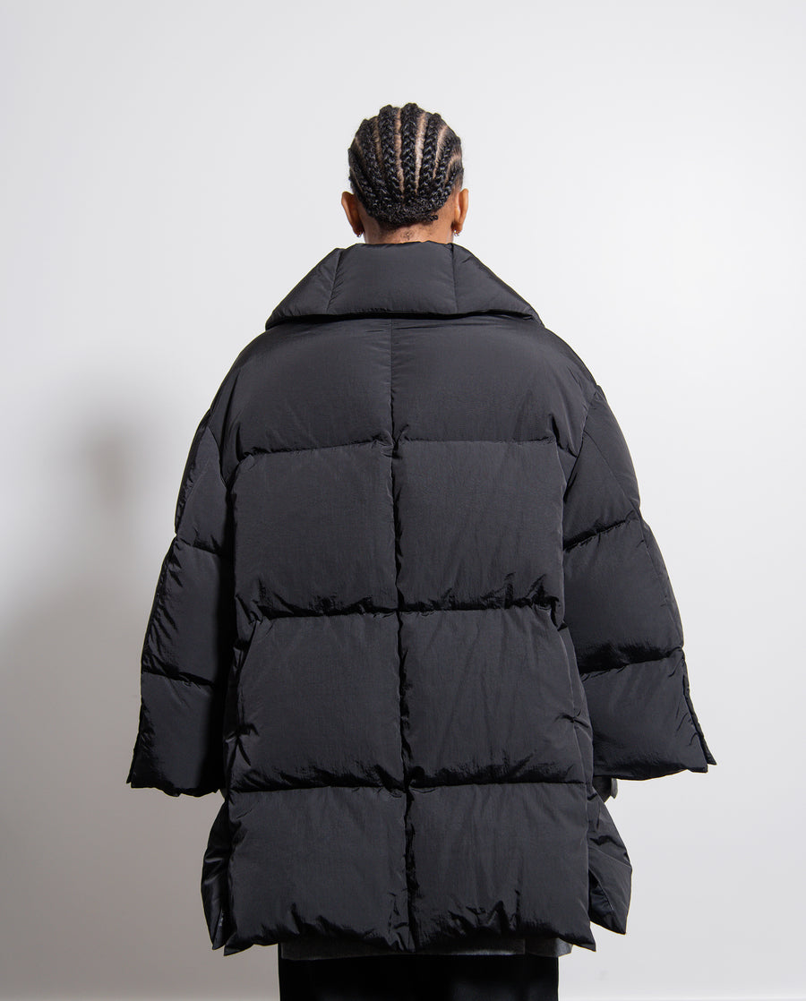 Trapeze Lapel Down Jacket Black
