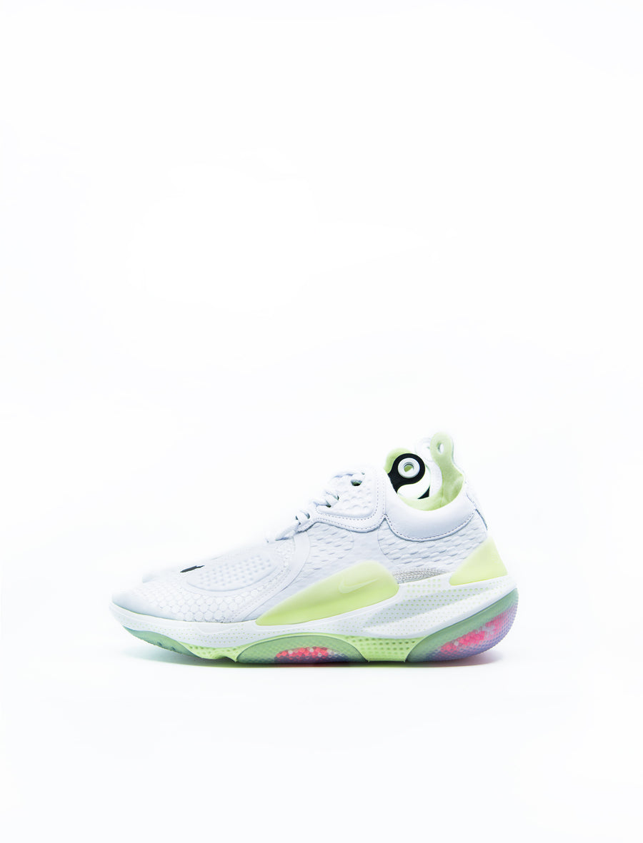 Joyride CC3 Setter White/Barely Volt/Total Crimson AT6395-100