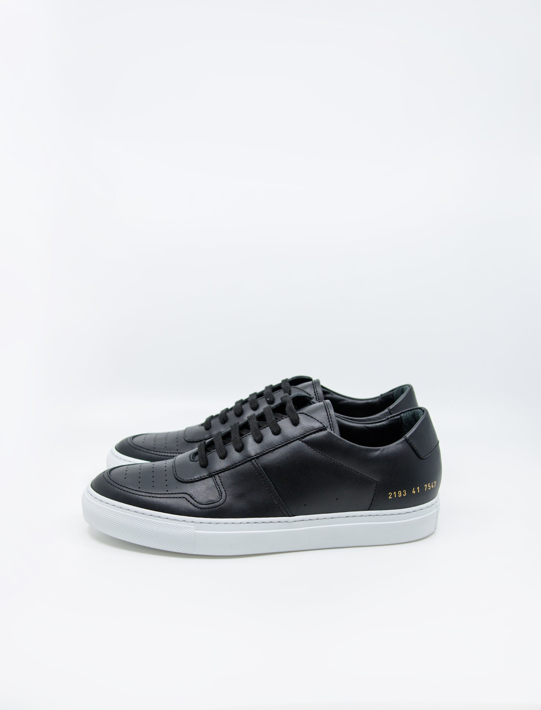 abae549f60533 ... Common Projects Bball Low Black White ...