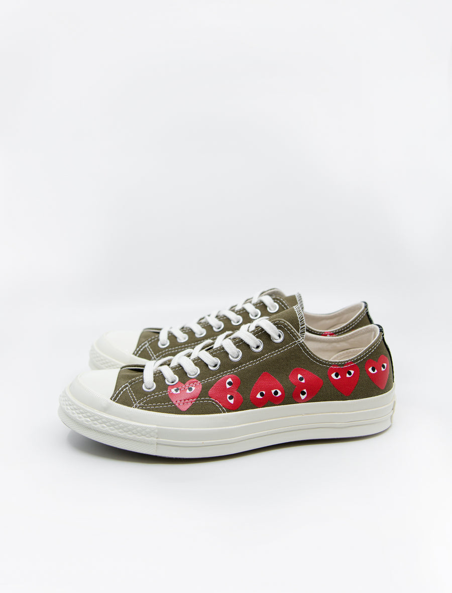 PLAY Multi Heart Chuck Taylor Low Olive