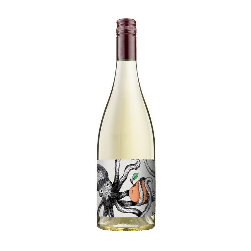 Susuro 2017 Fiano, South Australia. The Smooth Octopus Range.Lifted florals, honey and crushed hazelnuts with lemon zest. Baked pear, white peach and a hint of spice with a light and refreshing finish.