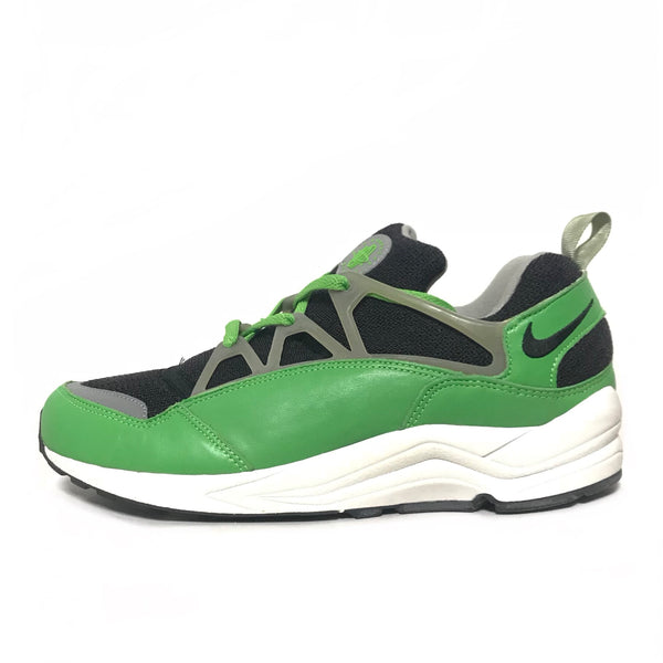 NIKE AIR HUARACHE LIGHT STUSSY