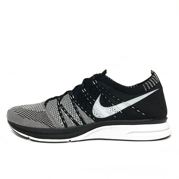 NIKE FLYKNIT TRAINER+ BLACK WHITE