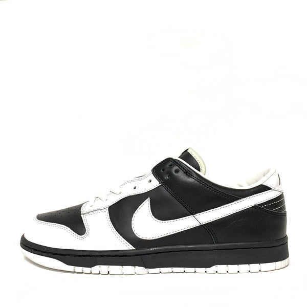 NIKE DUNK LOW COURIR BARCODE