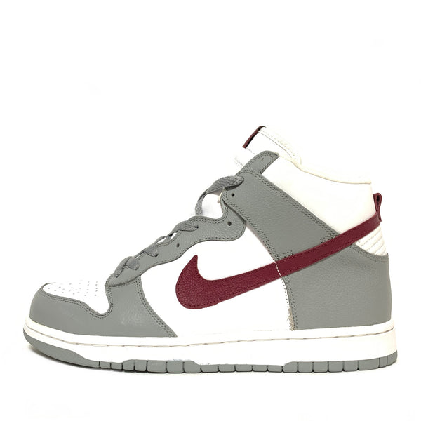 NIKE WMNS DUNK HIGH ESTADIO