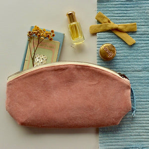 Velvet Pouch// Dusty Rose