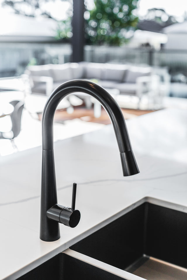 Meir Round Pull Out Kitchen Mixer Tap - Matte Black (SKU: MK07) Image - 6