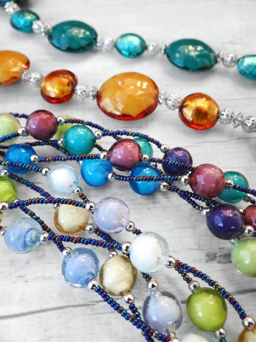 Murano Glass jewelry from our Collections Bòvolo and Schisse.
