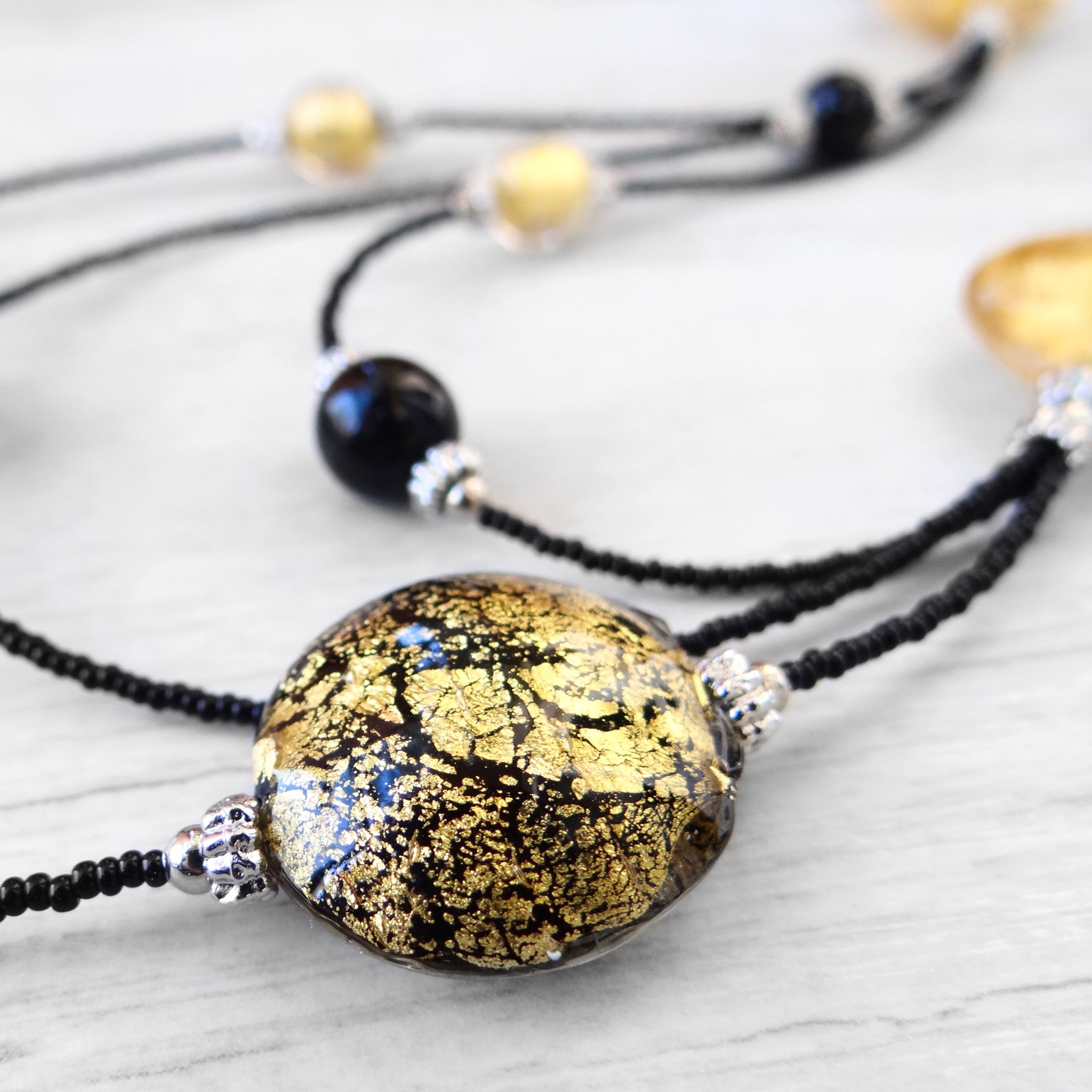 Maravégia - Black Murano Glass Necklace