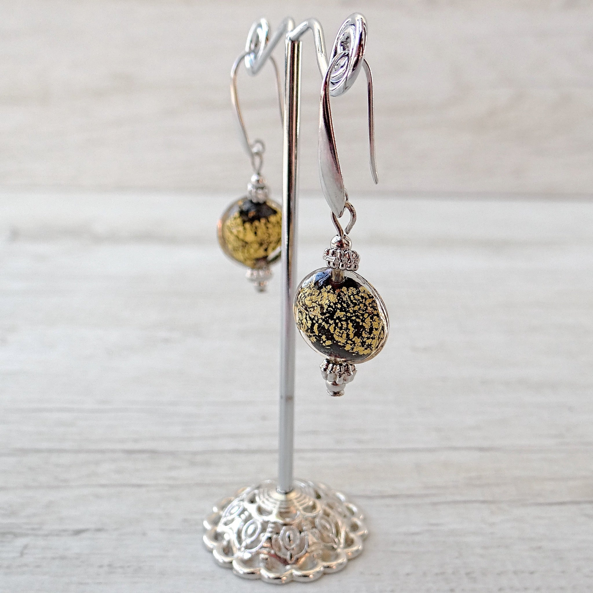 Maravégia - Black Murano Glass Earrings