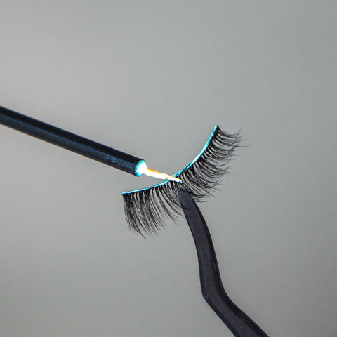 Lithe Lashes How To Apply Lashes Step 3