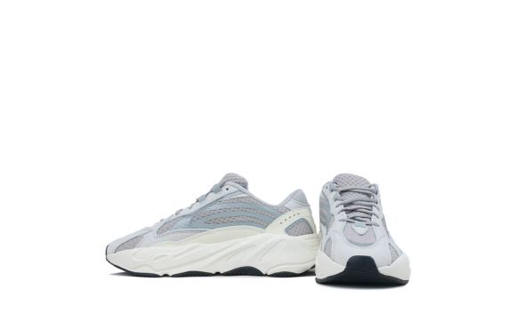 new styles e35b5 a8dc6 Kanye West YZY Boost 700 V2 Static
