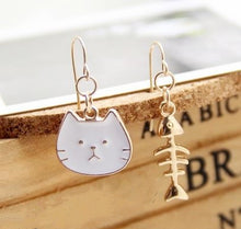 Load image into Gallery viewer, Funly-Styled Cat Fish Earrings
