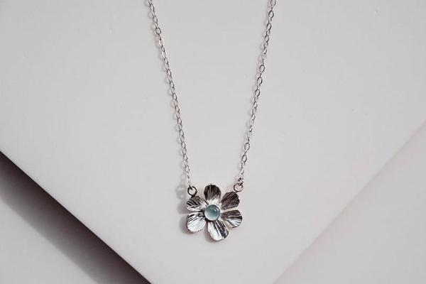 Flower Power Necklace with Aquamarine