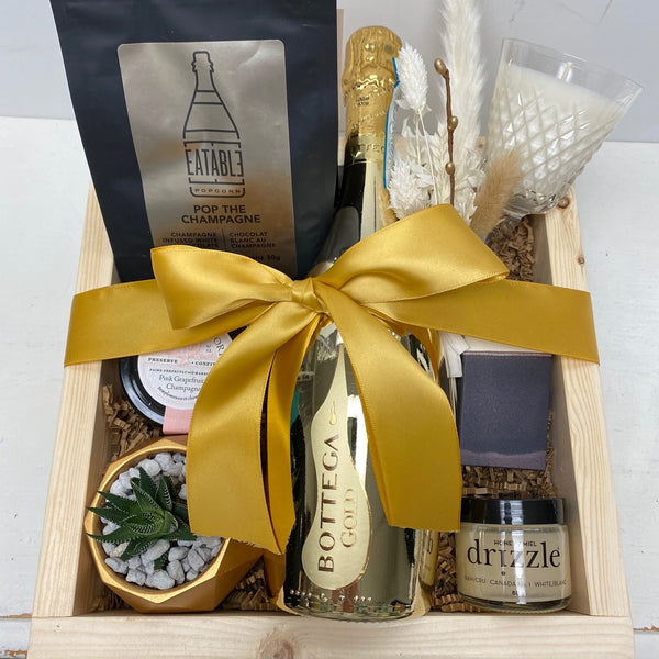 CHAMPAGNE WISHES: GOLD - Giving Crate