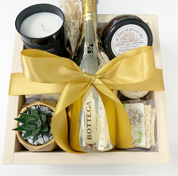 CHAMPAGNE WISHES Giving Crate
