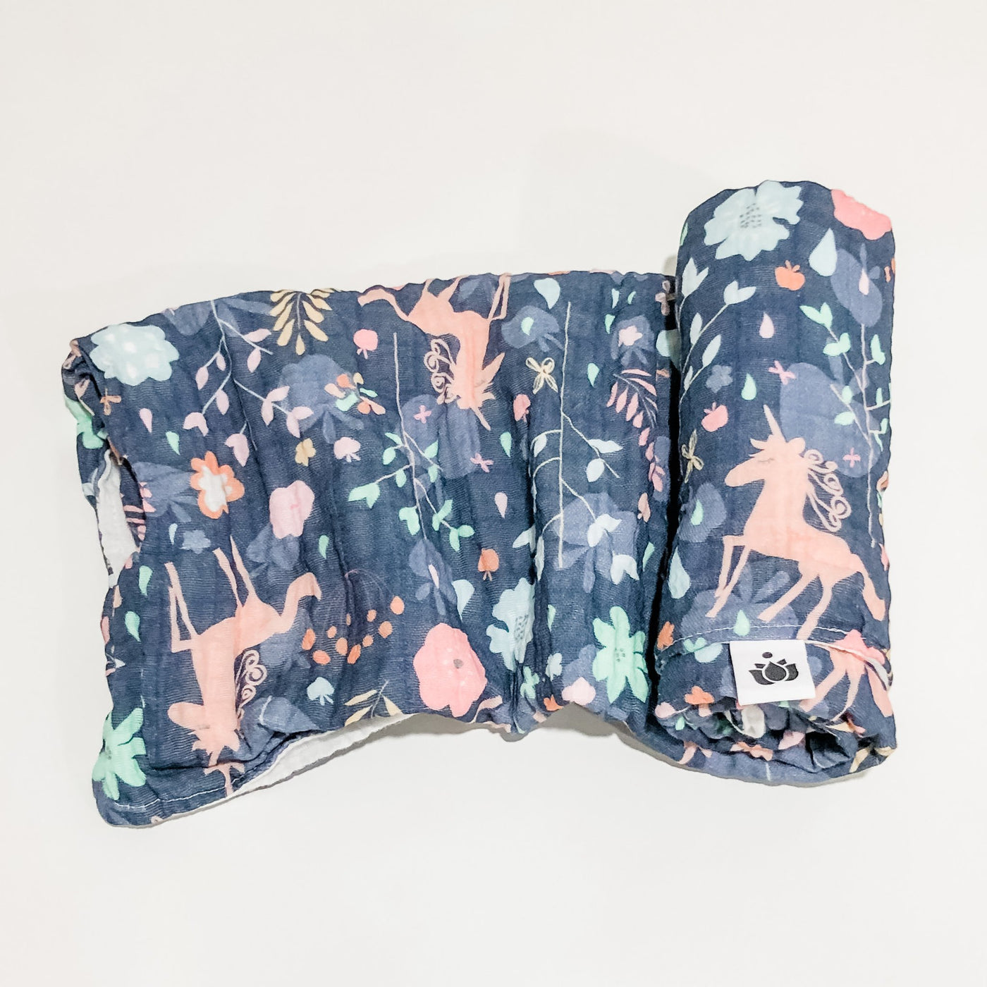 Swaddle Quilt - Unicorn Garden