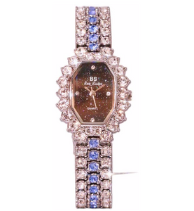 Elegant Womens Watch Rose Gold Simulated Diamond Watch Vintage Luxury Jewelry Silver Bling Lady Watch