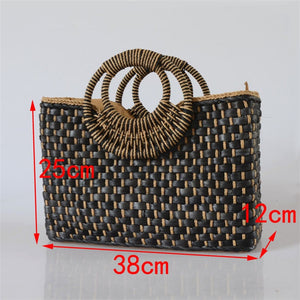 Butterfly buckle straw beach bag