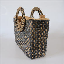 Load image into Gallery viewer, Butterfly buckle straw beach bag