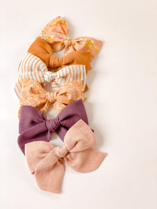 Retro Fall Blooms Oversized Elle Bow