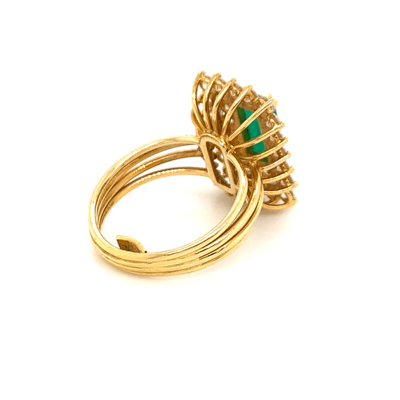 Sustainable Jewelry Vintage Ring Cocktail Ring Gold Emerald Diamonds