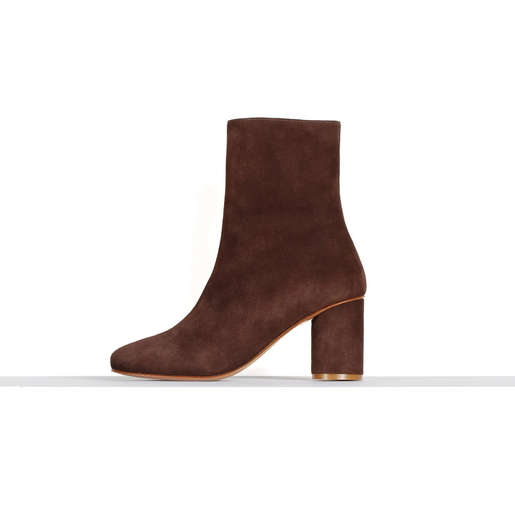 BOOT ME UP SCOTTY - CHOCOLATE SUEDE