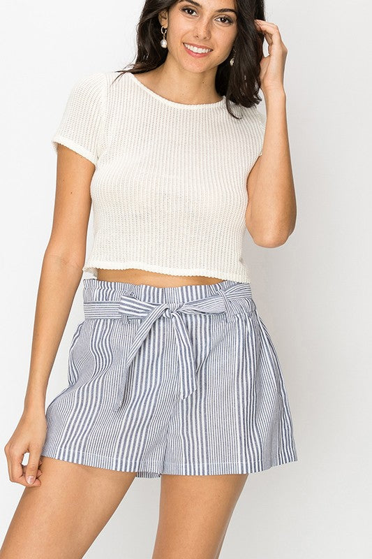 Stripe shorts with waist tie