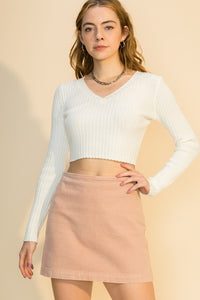 v-neck long sleeve crop sweater