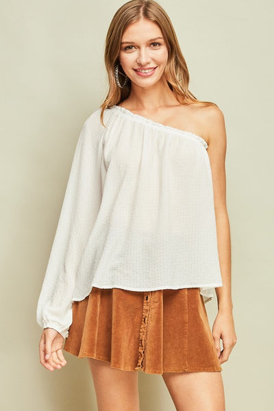 Solid crinkled one-sleeve top