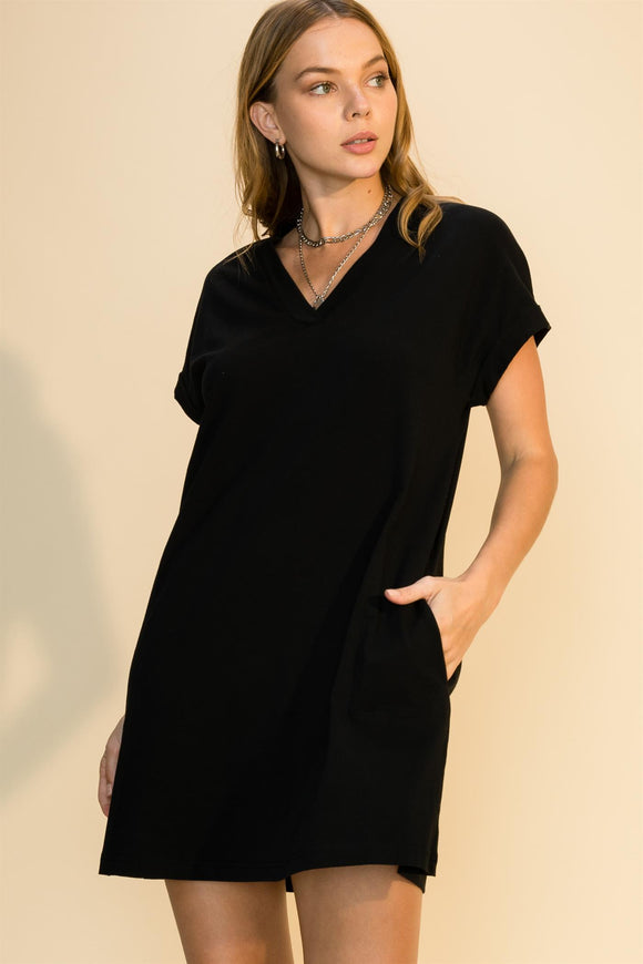 V-Neck t-shirt dress with pockets