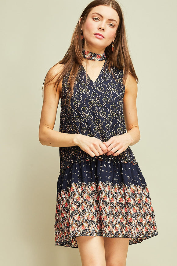 Printed shift dress with cut-out