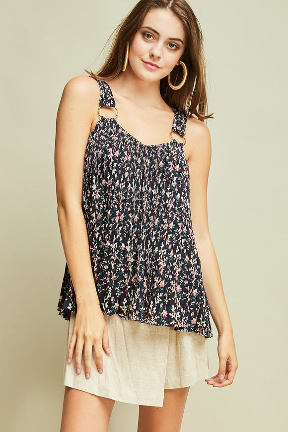 Floral pleated tank top with rings at straps