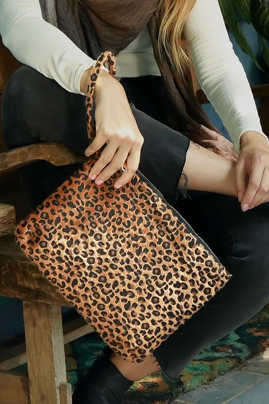 Leopard Faux Fur Clutch - by Urbanista - available at rkcollections.myshopify.com -  - Accessory:Bag