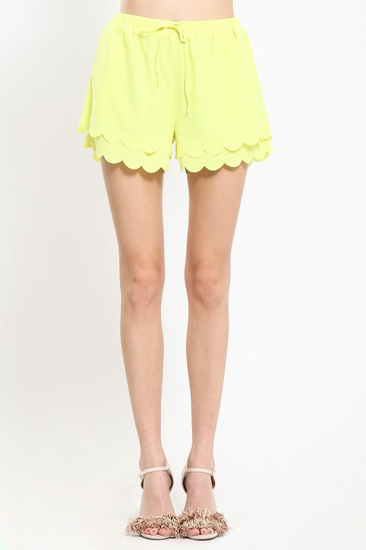 scallop hem woven shorts with drawstring